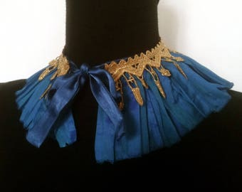 Claudine collar with ruffle pleated silk blue changing decorated lace gold