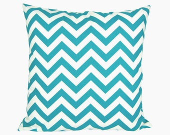 Pillow case CHEVRON white turquoise zigzag stripes graphically 50 x 50 cm