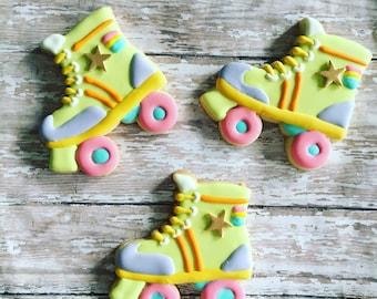 12 roller / skate/ cookies sugar