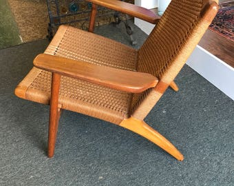 SALE!! 1950.00 Original Hans Wegner Ch25 Lounge Chair. FREE SHIPPING!!