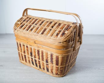 1960's Rattan Wicker Picnic Basket / Road Trip Caping Outdoor Fruit and Vegetable Woven Basket