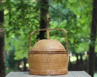Large Vintage Woven Table Lamp / Rattan Table Lamp / Wicker Table Lamp / Jungalow Lamp / Jungalow Decor / Basket Lamp / Lamp Basket