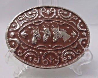 Belt Buckle Metal Silvertone 3 Horse Heads Brown Paint Oval Western Equine Vtg