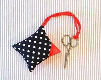 Summer Sale Pincushion with scissors PRYM