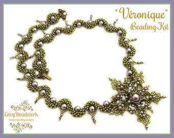 """Beads only kit:""""Véronique"""" Necklace in English D.I.Y."""
