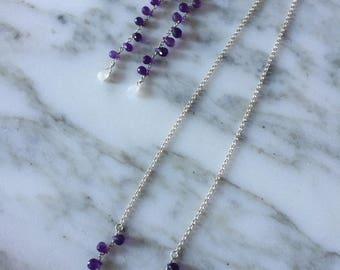 Necklace with amethyst drops.
