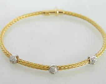 Beautiful 18K Gold & Diamond Bracelet