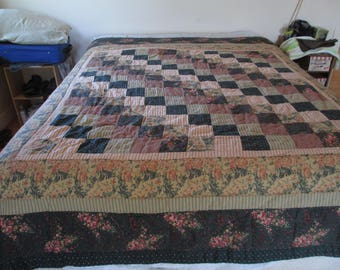 Vintage Quilt - Quilts - Browns - Two SIded - Thin Quilt - Sheet Quilt - Squared - Quilt Design - Nice Looking - Double or Queen Bed - 82""