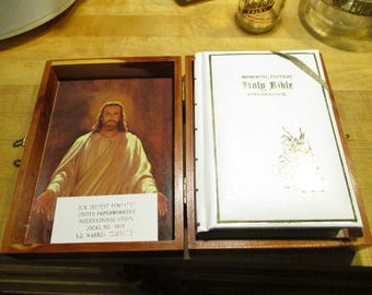 Collectible new old stock bible S.D Warren in cedar box