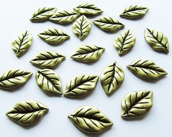 20 Antique Bronze Acrylic Leaf Charms 25mm