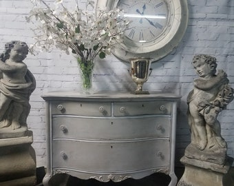 French Farmhouse / Shabby Chic/ dresser/ Chest/ side table