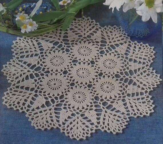 Hand crochet doily cotton lace home décor vintage crochet pattern 10 inch cozy house antique style
