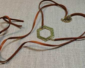 Brown Hammered Brass Hexagon Leather Necklace / Suede Necklace / Festival Necklace / Boho Chic / Minimalist - NHL01BR