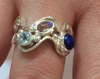 solid silver 2 wave design ring set with lapis lazuli, moonstone and blue topaz