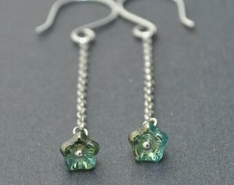 Sterling Silver Chain Earrings, Flower earrings, Czech Glass Earrings, Green Earrings