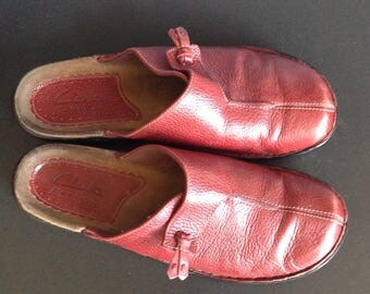 Vintage Clark's Red Leather Clogs Size 7