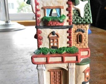 """Christmas Village House Holiday Time - Porcelain Banbury Cottage - 5.5"""" T x 3"""" W - Free Shipping"""