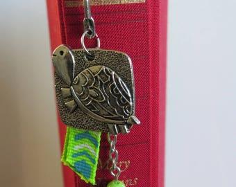 Turtle & Green Ribbon bookmark