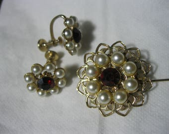 Vintage Brooch with Screw Back Earrings Faux Pearls and Red Rhinestones Gold Tone