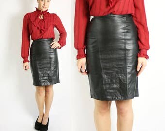 Vintage 90's Black High Waisted Real Leather Pencil Skirt - XS/S