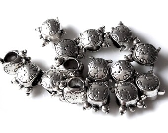 Set of 5 turtle charms to put on a cord