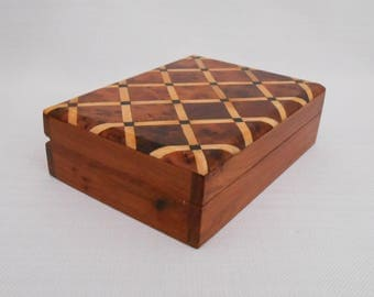 Vintage Marquetry Wood Box with a Hinged Lid - Collectible Trinket Box - Vintage Wood Jewellery Box - Marquetry Box, Parquetry Box