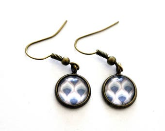 """""""Blue and pink abstract mod pattern"""" cabochon earrings - retro bronze brass"""