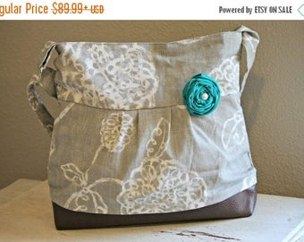 CHRISTMAS SALE Conceal Carry Purse, Medium Messenger Bag, Grey Flowers, Conceal Carry Handbag, Concealed Carry Purse, Conceal and Carry, Sel