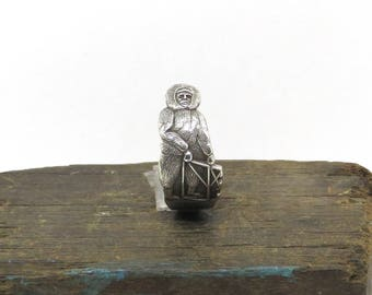 eskimo ring, inuit ring, dog sled ring ring,  silver plate ring, spoon ring