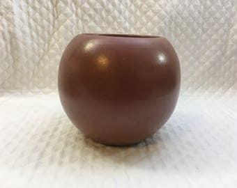 Haeger Round Brown Ceramic Pottery Pot, Round Brown Vase, Globe Vase, Cocoa Ceramic Pot, Haeger Pot, Haeger Vase