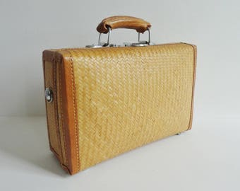 Cute Rattan/Leather Hand/Shoulder Bag/Suitcase // Summer Bag // Box Bag