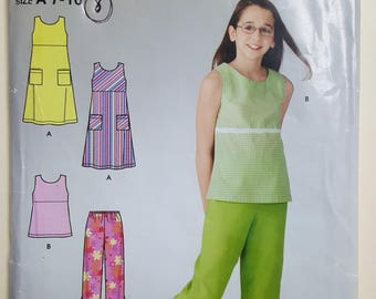 Simplicity Pattern for a Child Sizes 7-16  #4572