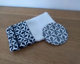 Black and white geometric print Pocket mirror & thick pouch