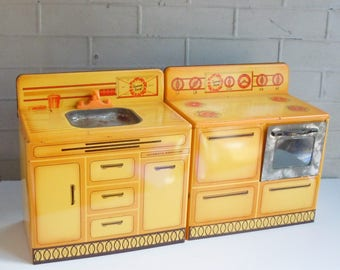 Vintage Toy Kitchen / Sunny Suzy  Set / Stove and Sink / Art deco Child's Toy / Red and Yellow and Orange