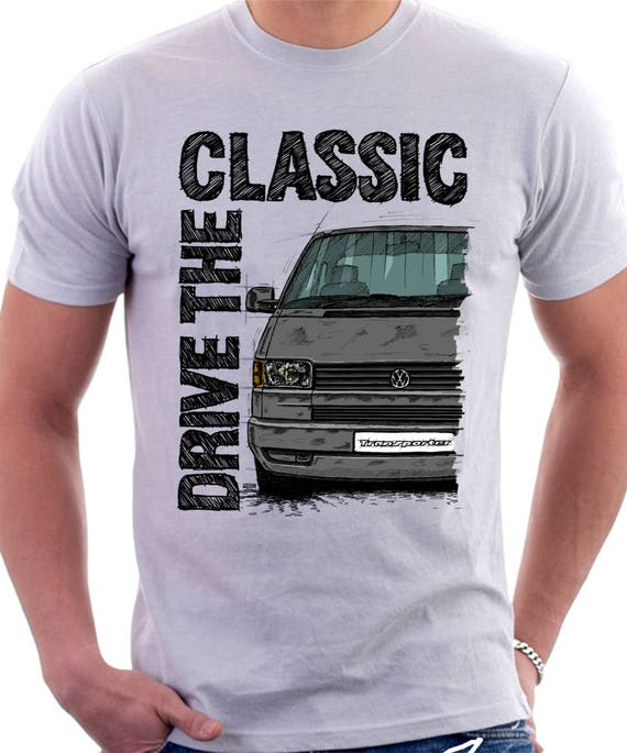 Conduire le classique VW T4 Transporter Late Model (couleur pare-chocs) T-shirt blanc. Original design dessiné à la main.