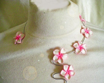 Necklace aluminum and plumeria flowers to customize colors to choose from