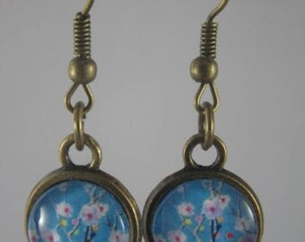 Boucles004 - Earrings cabochon blue cherry tree branch