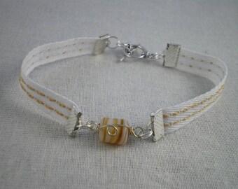 Bra069 - Beige Bracelet with Center stone