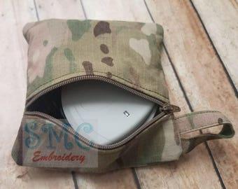 card reader holder. zippered pouch.