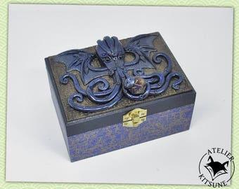 Blue and bronze Cthulhu dice box