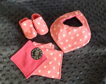 Nice set for newborn 0-6 months