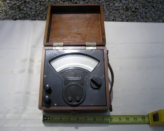 1940's Sensitive Research Instrument Co. D.C. Milliammeter Model S
