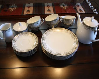 Noritake 6 piece tea set, fellicia pattern