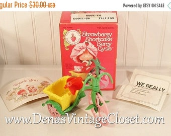 Summer Clearance Sale Vintage 1980 Strawberry Shortcake Berry Cycle In Box by Kenner No. 43990