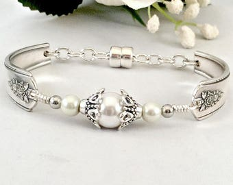 Inspirational Her Pearl Spoon Jewelry Mother's Day Pearl Bracelet Anniversary Pearl Bracelet Gift for Sister Silverware Jewelry Gift MomGift