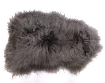 Dyed Icelandic Sheepskin: Grey(7-00-GY-G1906)