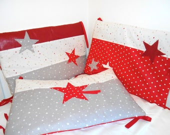 PROMO - tour 3 bed pillows, white, grey, red, stars