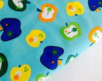 50cm*50cm tissu coton pommes sur fond turquoise