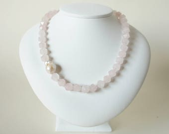 Necklace with pearl roses quartz Baroque Pearl