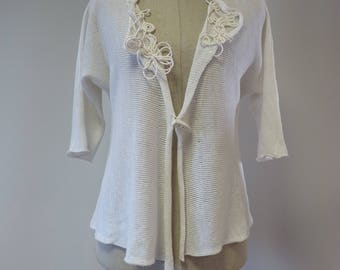 The hot price, white linen cardigan, M size.